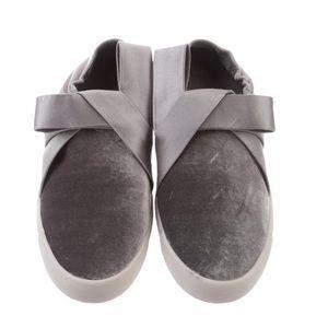 NIB Mercedes Castillo Jamilla Slip On Velvet Sneakers